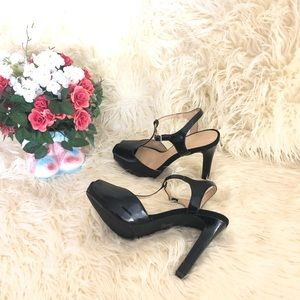 Metaphor Shoes - Metaphor Black T-strap Peep Toe Heels